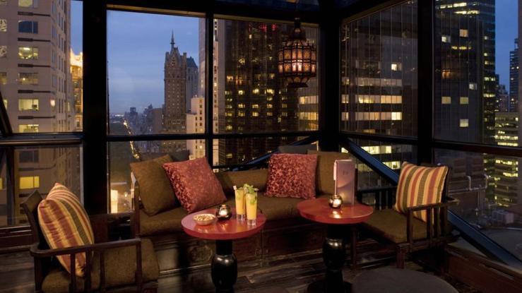 Salon-de-Ning-Rooftop-Bar-Indoor-Seating_P